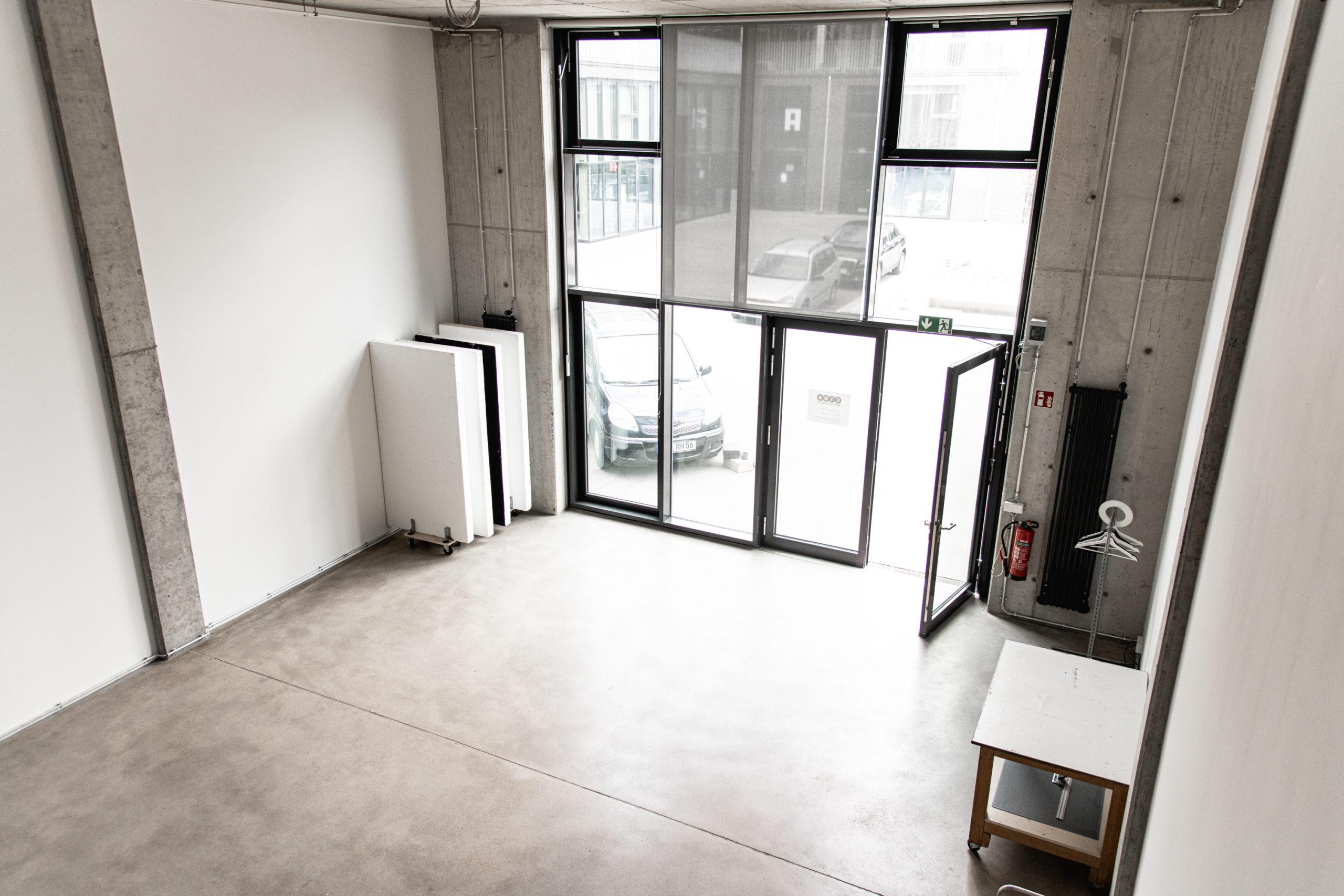 Studio C104